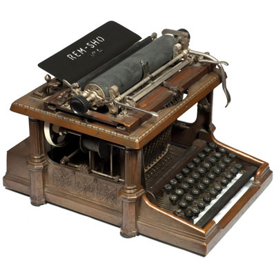 Photograph of the Rem-Sho 4 typewriter.