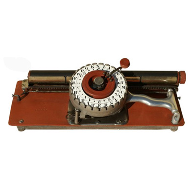 Photograph of the Darling typewriter.