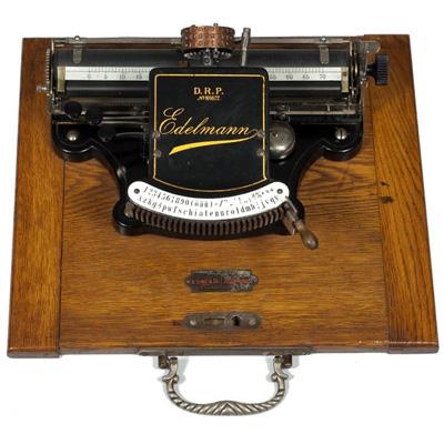 Photograph of the Edelmann typewriter.