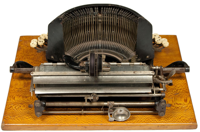 Photograph of the Franklin 1 typewriter seen from the back.