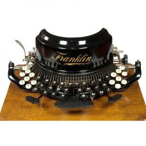 Photograph of the Franklin 10 typewriter.