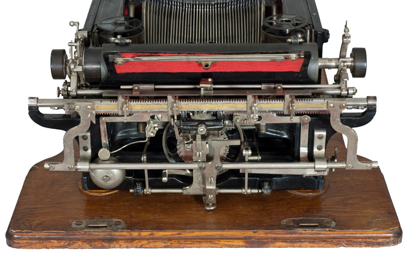 Photograph showing the back of the Ideal typewriter.
