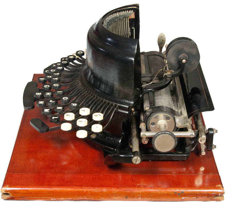 Photograph of the Franklin - New Model typewriter from the right hand side.
