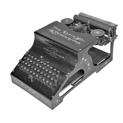 Photograph of the Rapid Typewriter.