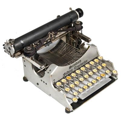 Photograph of the Standard Folding 1 typewriter.