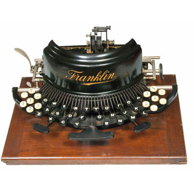 Photograph of the Franklin 7 typewriter.