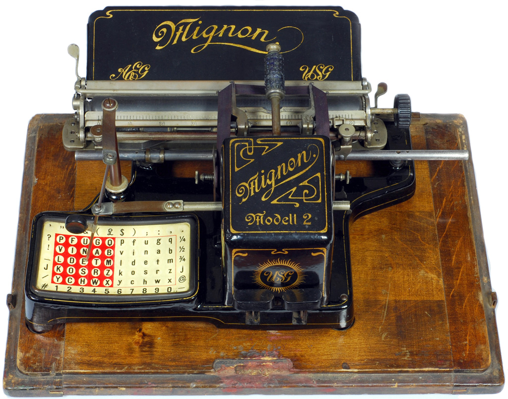 Photograph of the Mignon 2 typewriter.