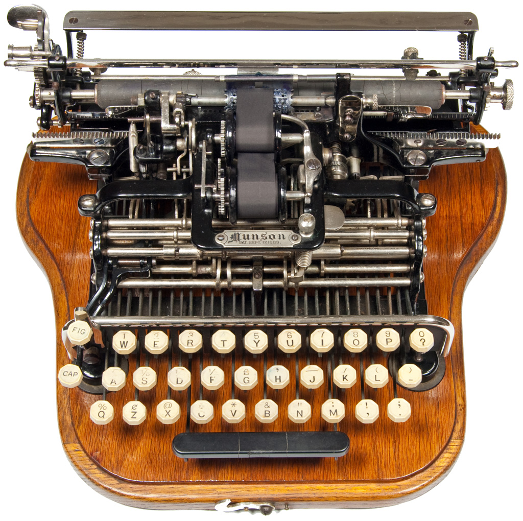 Photograph of the Munson typewriter.