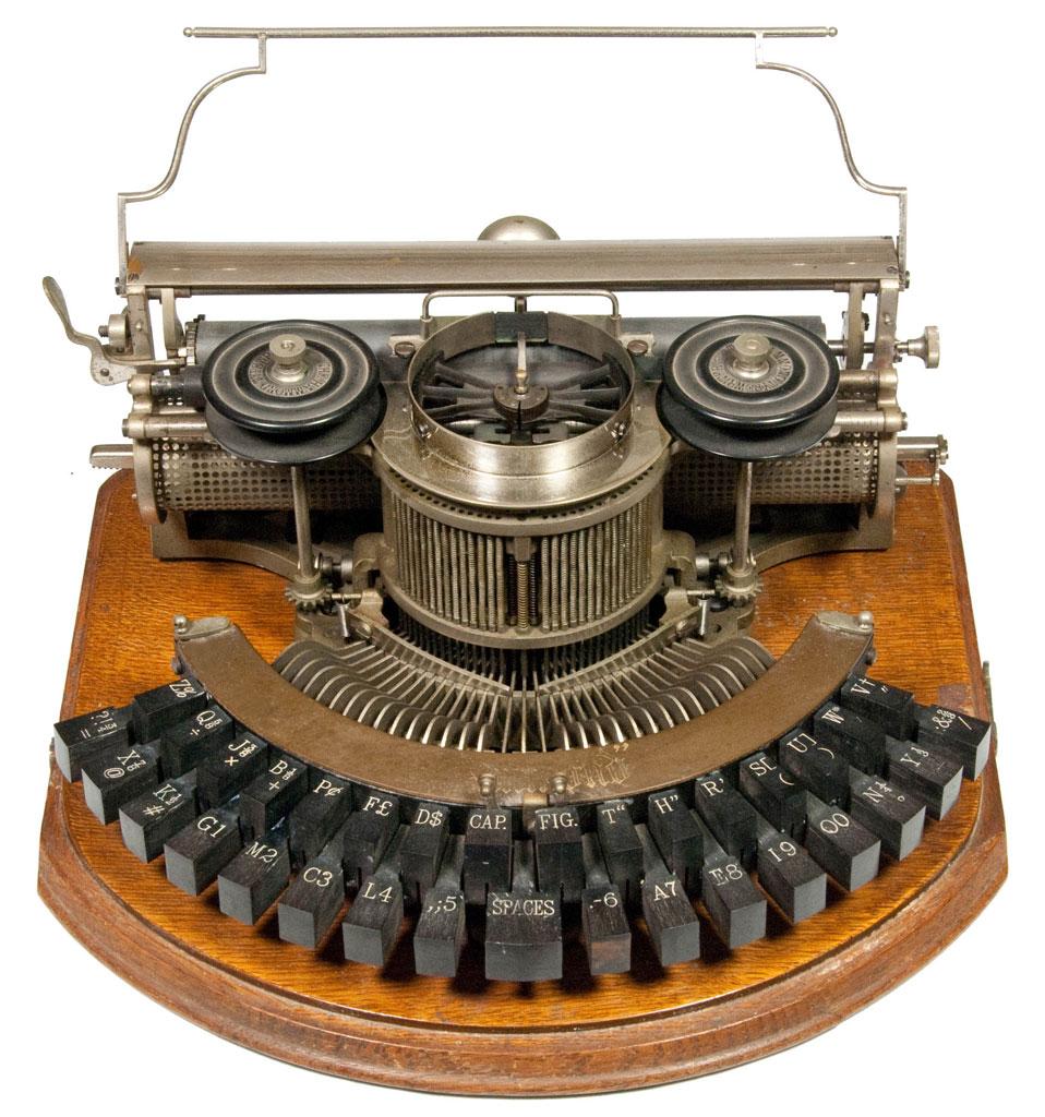 Hammond 1b typewriter